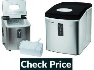 Portable ice maker that keeps ice frozen